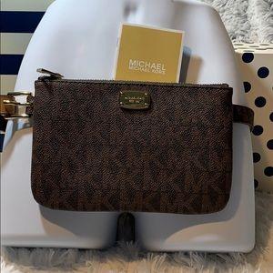 Michael Kors belt bag pack pouch mono MK NWT $78